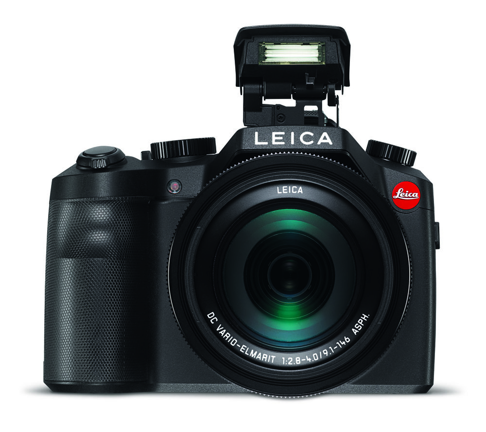 Leica V-Lux_front_int. flash.jpg