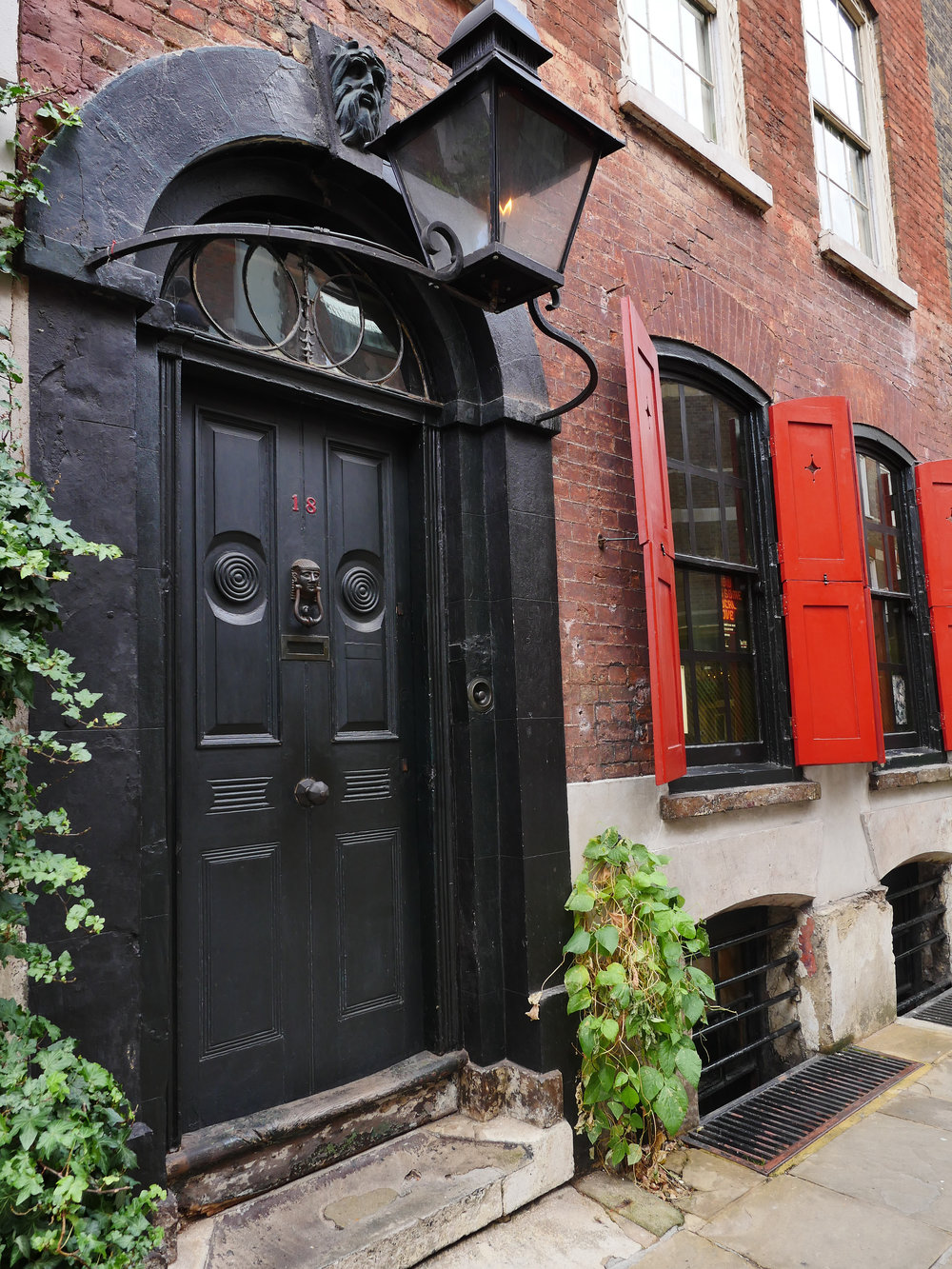 The Dennis Severs House, 18 Folgate Street (Photo Mike Evans)