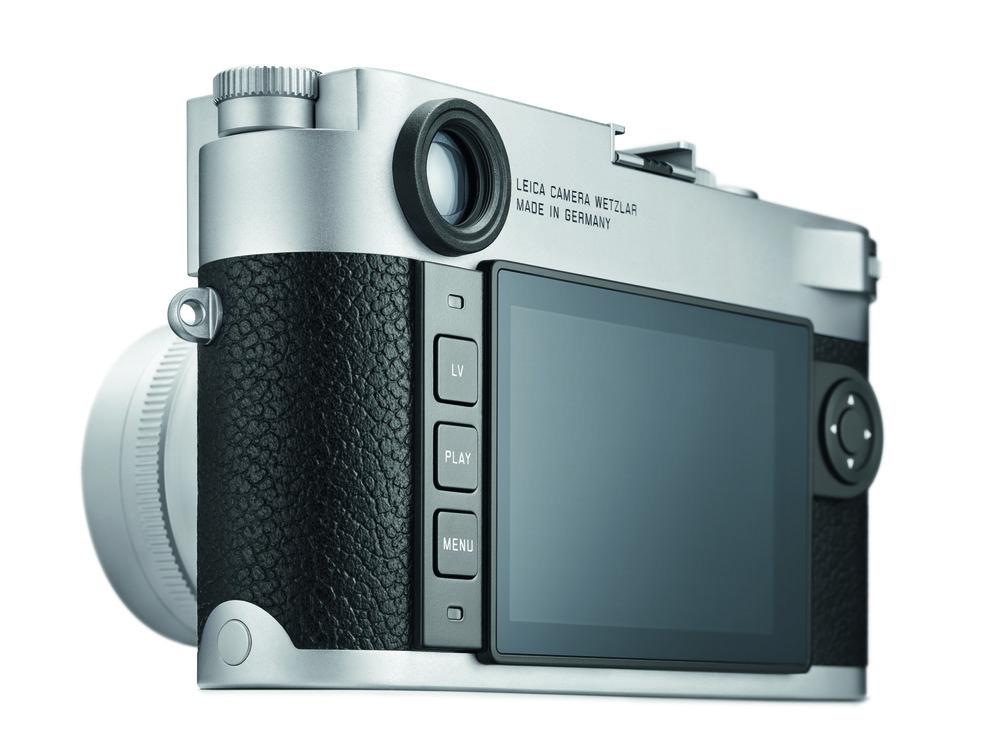 20001_Leica M10_silver_3 Buttons_CMYK.jpg