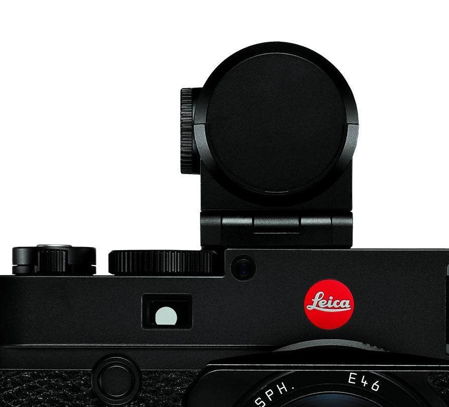 Now just who designed this Visoflex finder for Leica? It is technically superb but does nothing to enhance the looks of the M10