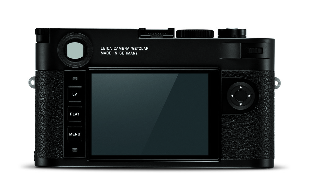 Simplified, minimalistic control layout — Live View, Play, Menu buttons, a neat direction pad and confirm button, the customisable control wheel (top right next to the thumb grip) for either exposure compensation of live-view zoom. Note the large viewfinder window