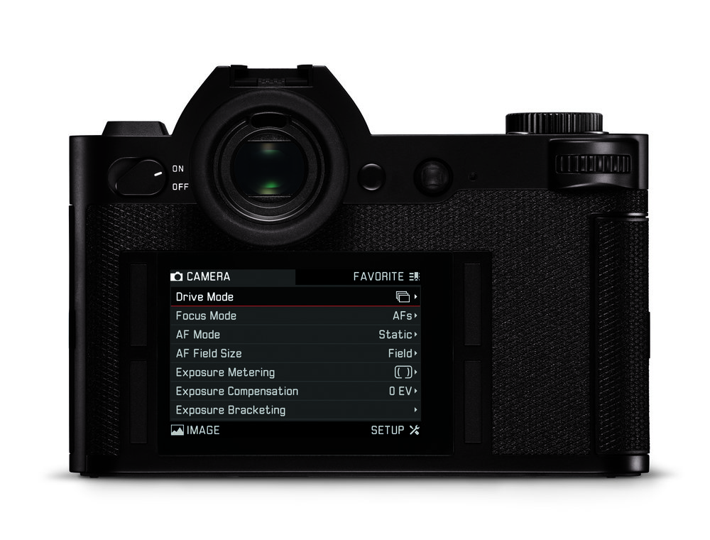 The Leica SL, for all its huge capabilities, is a simple camera to understand and operate. The four-button control and exemplary menu system are paragons of user-friendliness. Only the new M10 comes close in its focus on the job in hand rather than on fiddly adjustments and options (Image Leica Camera AG)