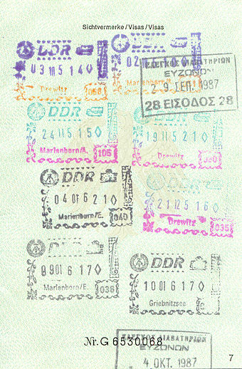 340px-Visa_Pass_DDR.jpg