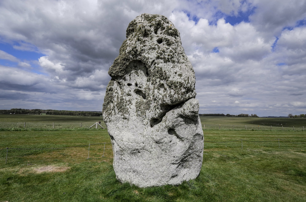 The big canvas: Old Mr. Grumpy, approaching his 6000th birthday at Stonehenge. Anyone would be fed up standing in one spot all that time. (12mm, f/3.7)
