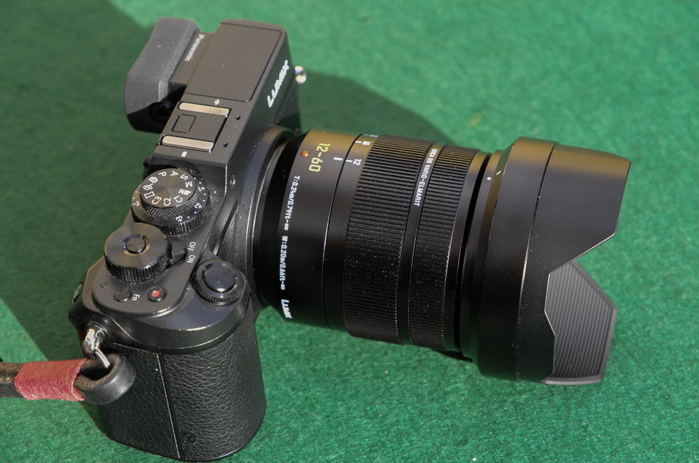 The petal hood is relatively neat and can be reversed over the lens when not in use