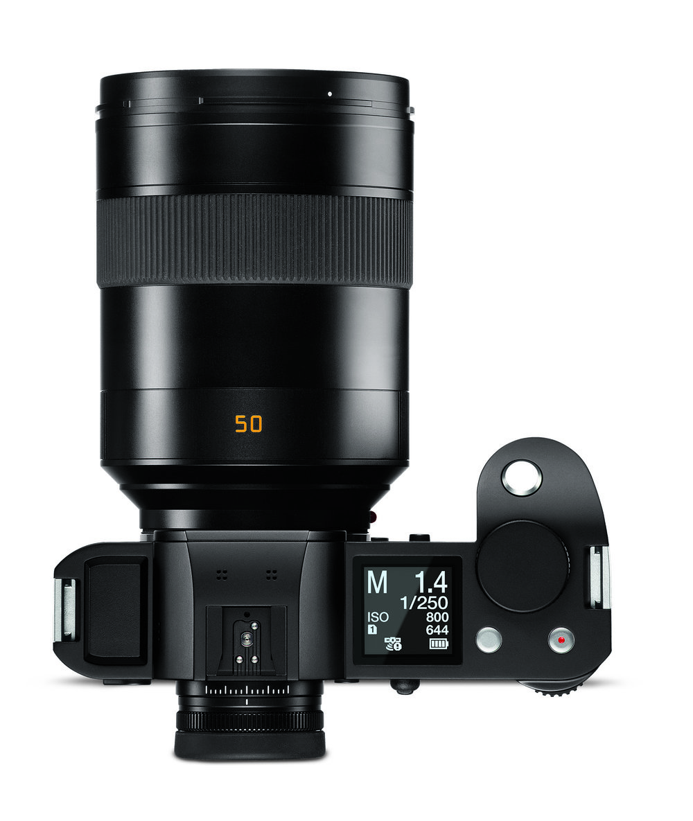 It's all a matter of scale. Combine all the gorgeousness of the SL, its wonderful viewfinder and excellent handling with a smaller APSC sensor and we have the ideal smallish beast to tempt the faithful. Could this be a reality in the future?