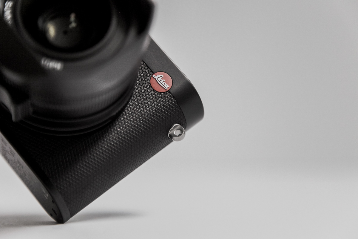 macfilos Home Contax T2: The world\'s most fashionable camera?