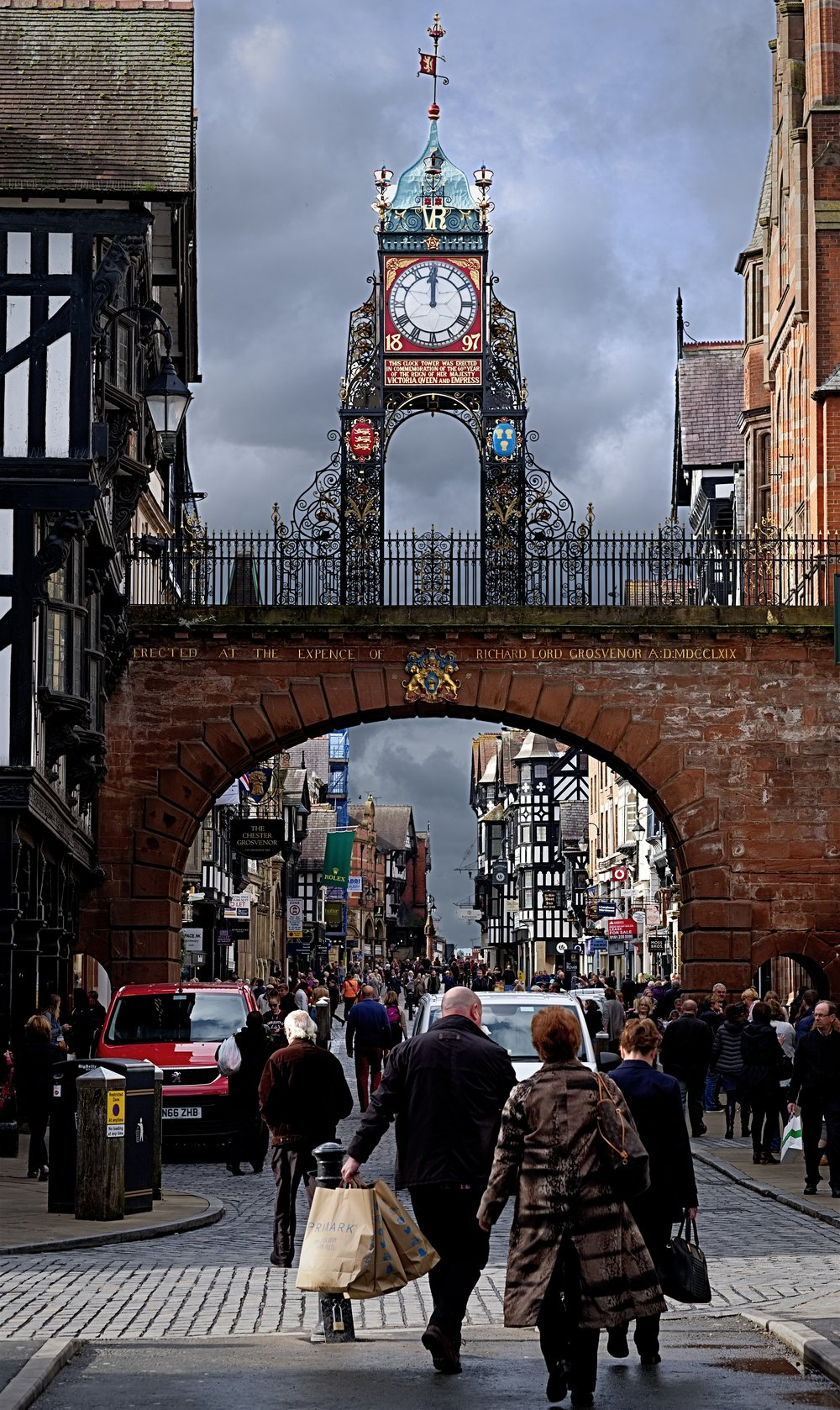 Foregate Street, Chester, X-T20 and 56mm f/1.2