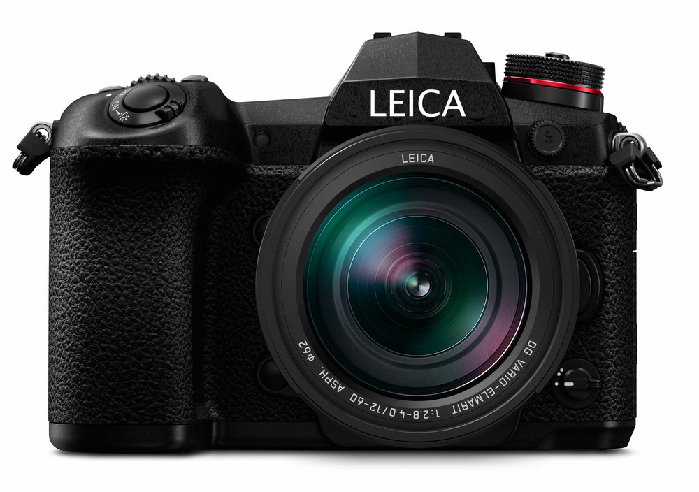 The G-Lux? A mock-up with a dodgy LEICA font, of course, but this would be a convincing addition to the Leica stable. Note the 12-60mm (24-120mm equivalent) Leica DG Vario-Elmarit lens. That the genuine article and you can buy it now