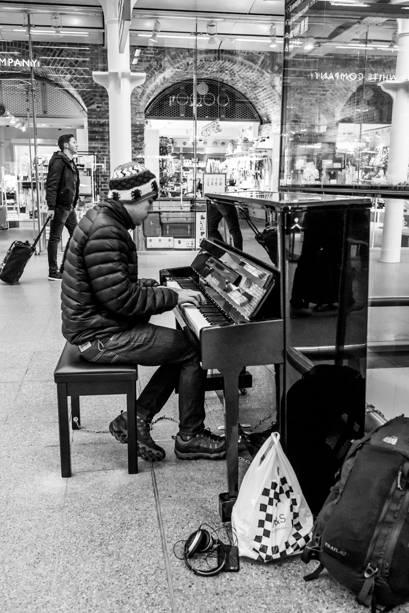 St. Pancras piano player, taken with the Leica X 113, my camera of choice for the past fifteen months