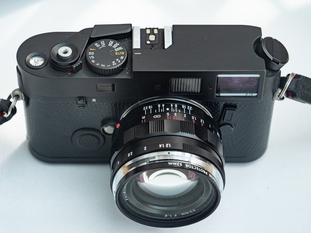 """The M7 offers aperture-priority automatic operation just like the current range of digital Ms. To all intents and purposes, shooting an M7 is identical to using an M10. It's just that you have a film instead of the sensor and a maximum 1/1000s speed instead of 1/4000s on the digital. This model is a special """"a la carte"""" M7 with model designation removed."""