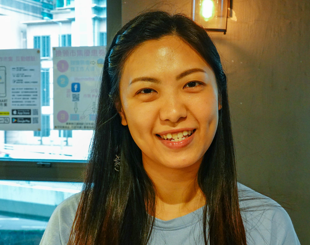 The people in Hong Kong are extremely friendly and most young people speak good English. Even many older people, particularly those involved in the Government of the time, also know English
