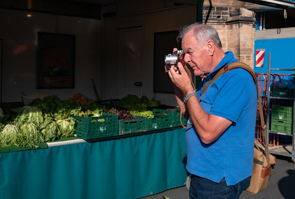 British Leica enthusiast, Keith Walker, keeps an eye on the fruit and veg at the Marburg Cathedral market