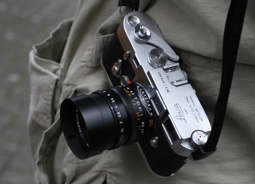 Leica M3 coupled with the f/1.4 50mm Summilux-M ASPH designed by Peter Karbe.  © jmse