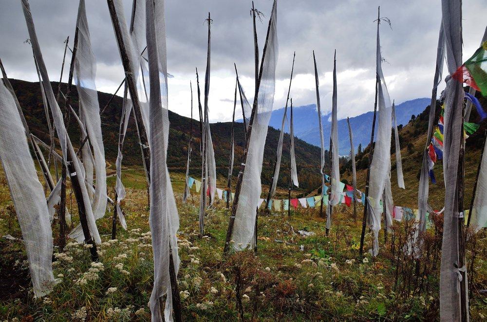Prayer flags at a mountain pass, Bhutan(28mm)