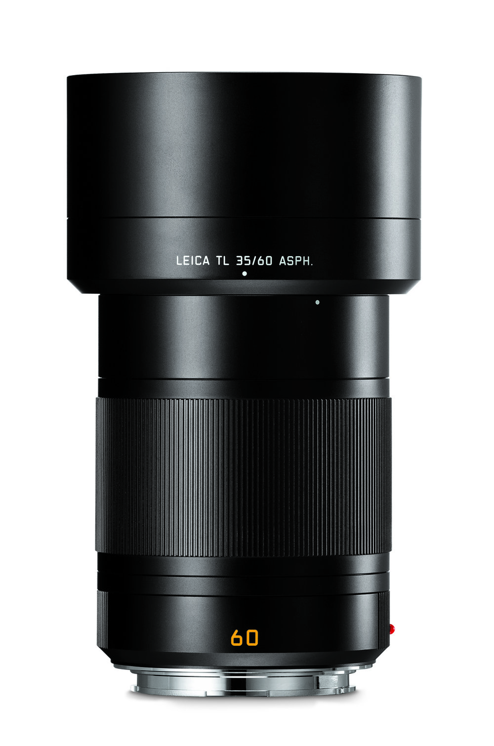 Peter Karbe's second most favoured TL lens is the the other one made in Germany, the 60mm Macro. Both this and the 35mm Summilux are relatively heavy lenses and remind us of the German-made SL optics in both appearance and feel