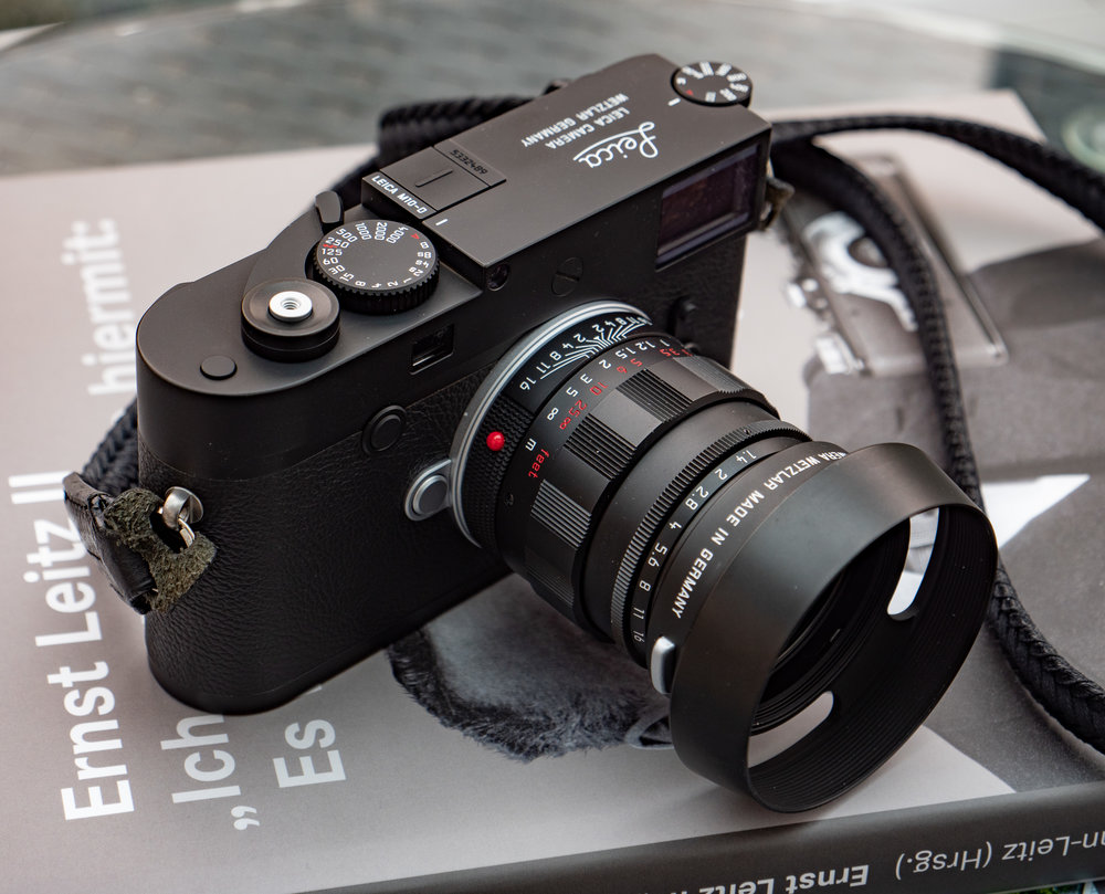 The M10-D looks a picture with this black-paint 50mm Summilux retro — one of the original batch of 500 units. The new thumb grip, fashioned on a traditional film advance lever, has come in for criticism as a faux appendage. But forget prejudice. It actually works and has a touch of genius about it.