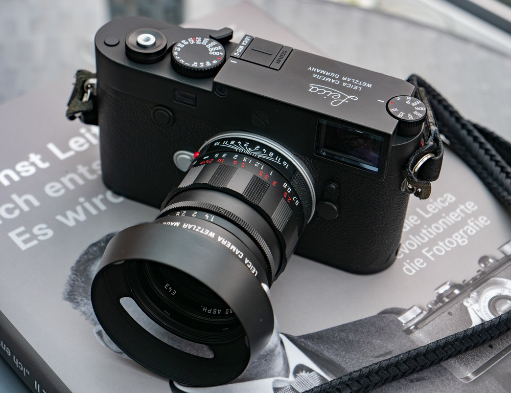 Handsome is as handsome does — the M10-D is pure camera porn. And that LEICA engraving on the top plate is the pièce de résistance. Believe it or not, but Leica connoisseurs will kill for that engraving.