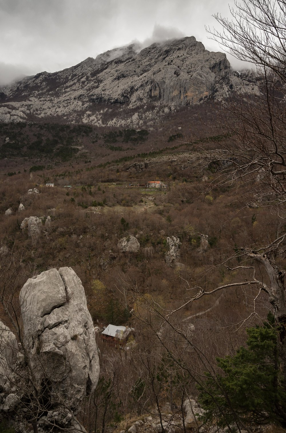 The Paklenica hut with Ivancev Dom above.
