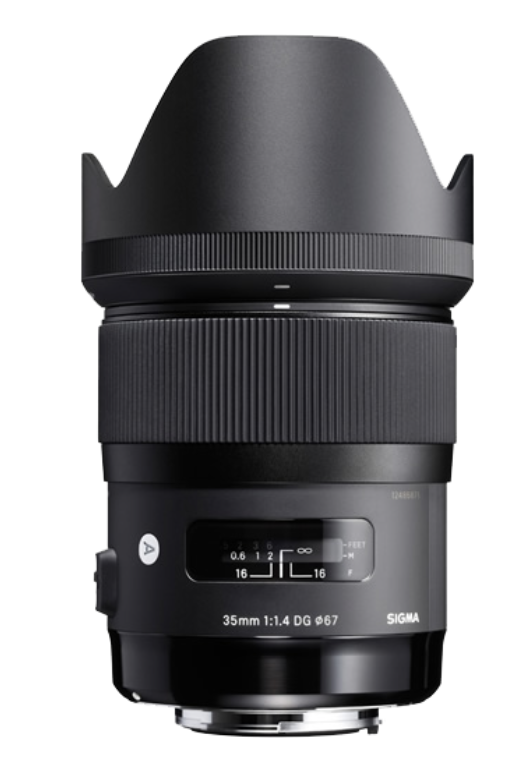 The Sigma 35mm f/1.4 DG Art is an impressive fast lens which retails for a very attractive £649, well outside Leica territory, but the 815g weight is a testament to the build quality and optical prowess. The most expensive Art lens, the 105mm f.1.4 retails for only £1,395 and will be on the shopping list of L-mount system fans
