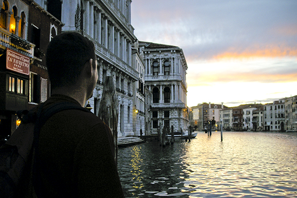 Venice's famous canals are the perfect place to never ever ever be lost