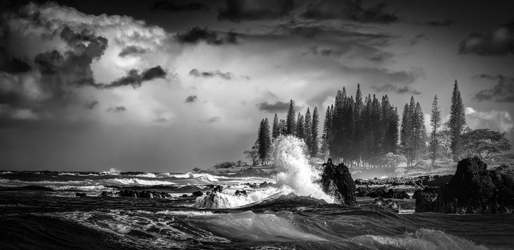 sm_hamoa-beach-hana-white-waves-b&w-0198.jpg
