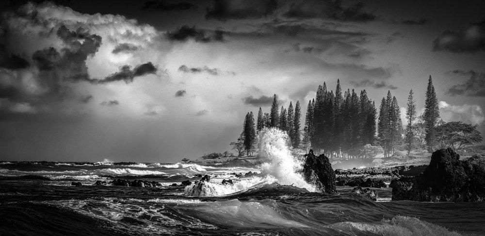sm_hamoa-beach-hana-white-waves-b&w-0198.jpg