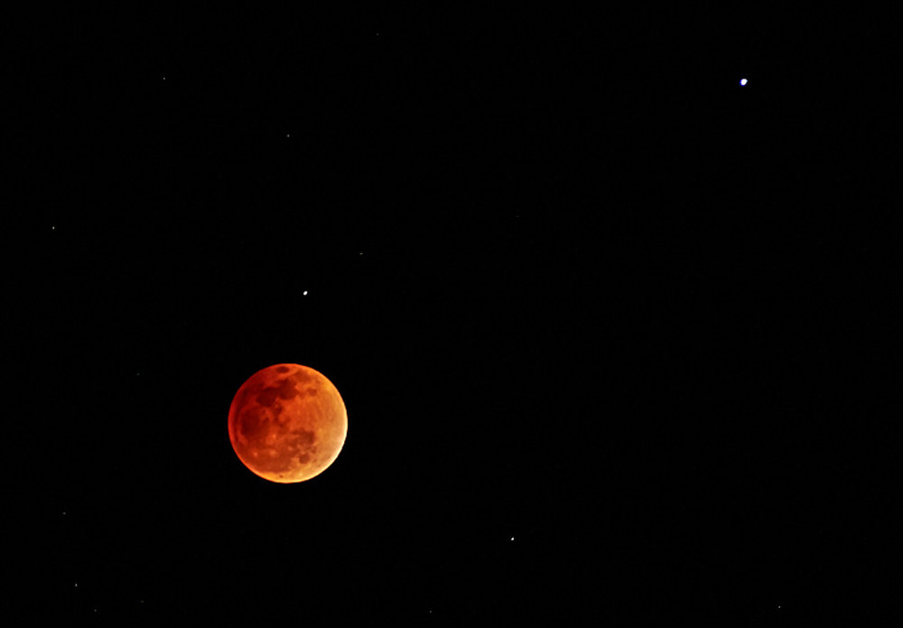 sm_blood-moon-maui-c1-20140414-DSC_2759.jpg