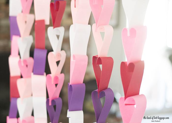 paper heart garland.jpg