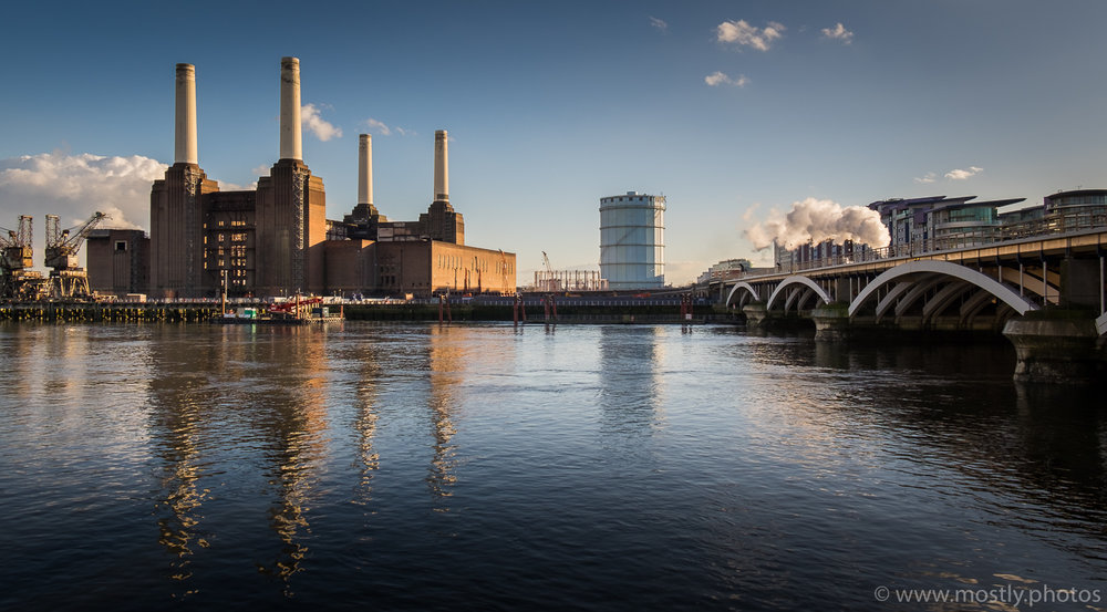 The Orient Express Passes Battersea Power Station