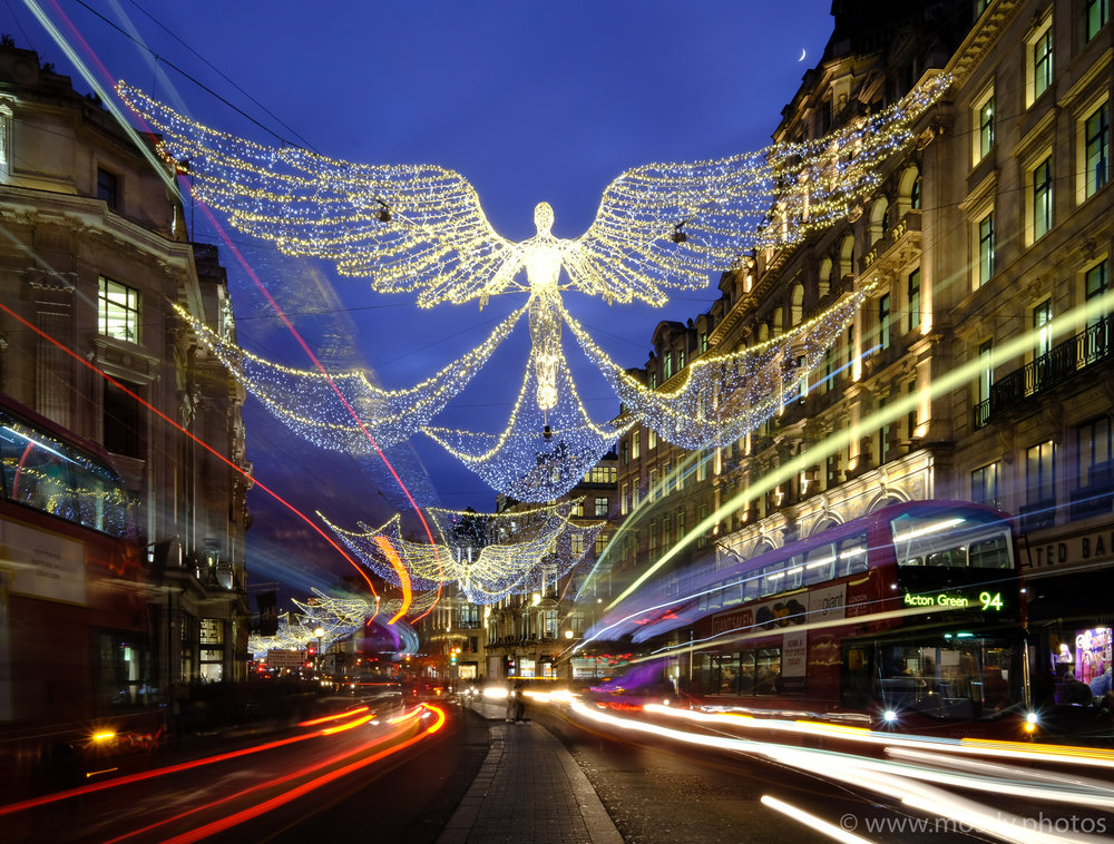 Fuji X-T2, Fuji 10-24mm  - Fuji Velvia Film Simulation Regent Street Christmas Lights