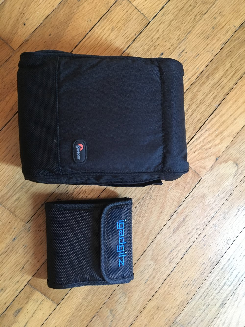 The iGadgitz compared to the Lee Soft-Case