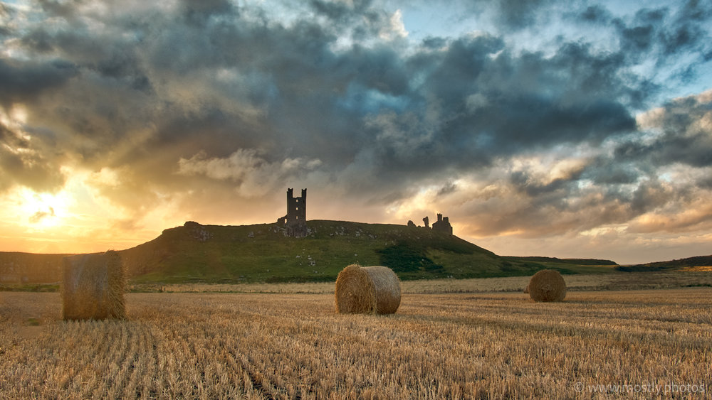 Fuji X-T2 and Fuji 18-135mm Dunstanburgh Castle and wheat Field