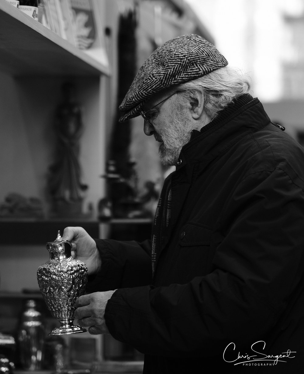 Fuji X-T2 56mm - ACROS Film Simulation Spitalfields Market - 'Looking for a treasure'