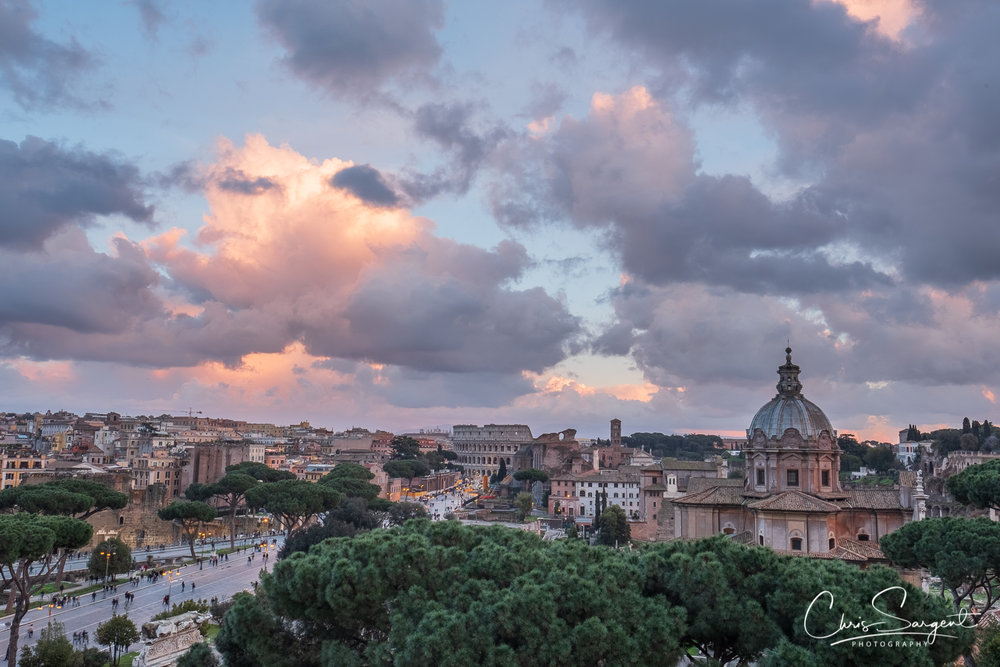 Fuji X-T2, 16mm f1.4 Sunset view of the Colosseum from the Altare Della Patria