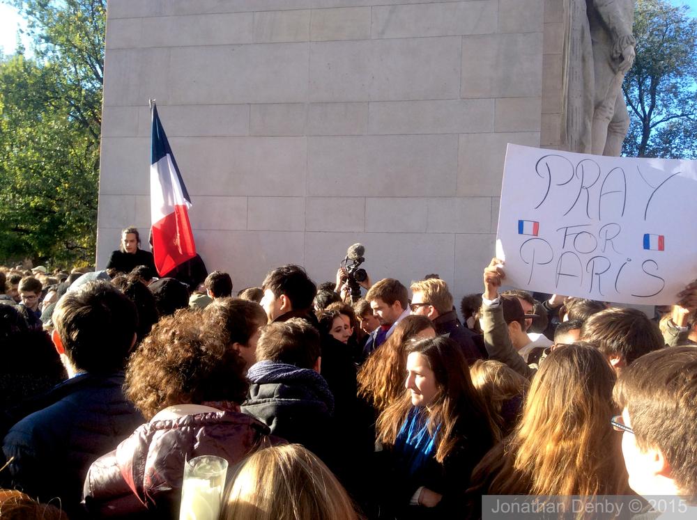 ParisAttackVigil_9_17_15 11.jpg