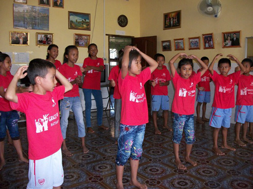 BB4 kids performing a dance at church.