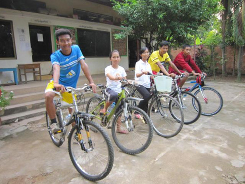 Some kids PE 2 are getting new bicycle.JPG
