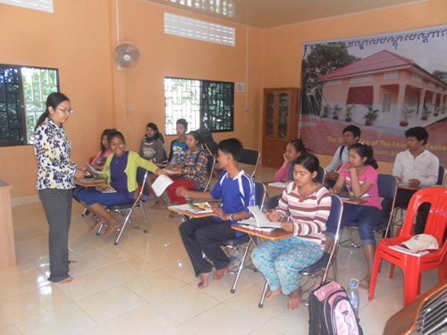 Many of the children studying together in our Battambang Learning Center.