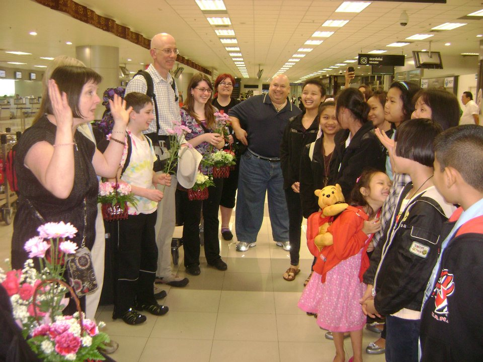 The team from Highview receives a joyous welcome at the Chiang Mai airport.