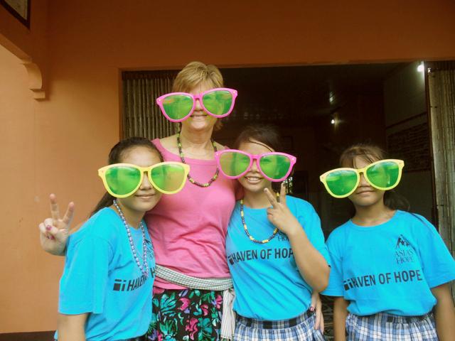 Team Western Reserve visit BB 5 kids.JPG