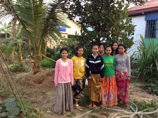 Thanks to the hard work and dedication of Battambang 1 kids, this garden is quite a beautiful place.