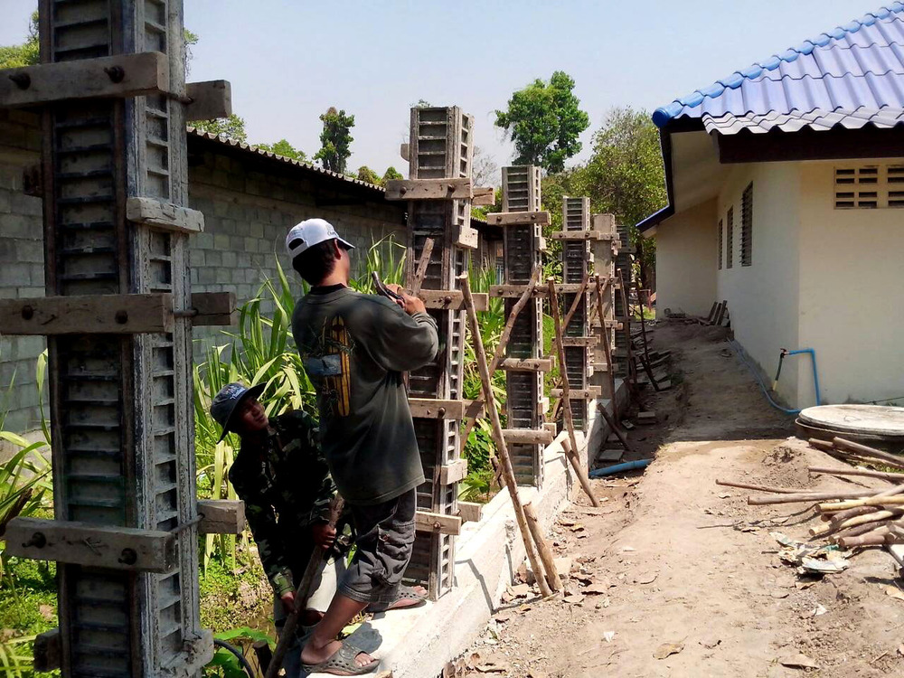 The construction of the wall surround the Doi Saket campus is almost complete!