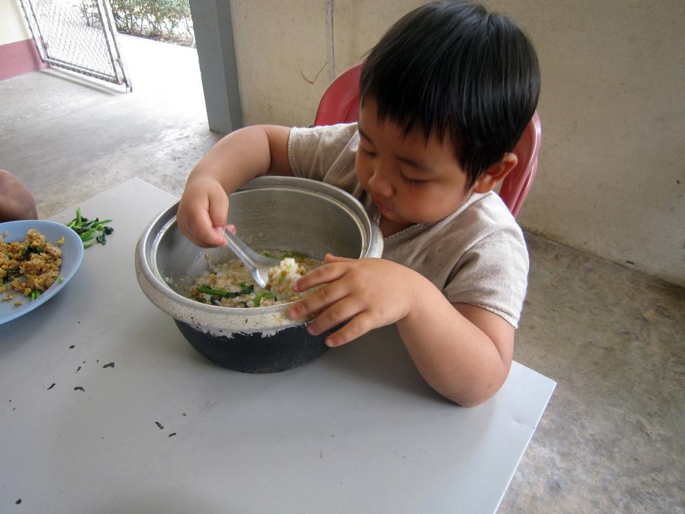 he eat alot.JPG