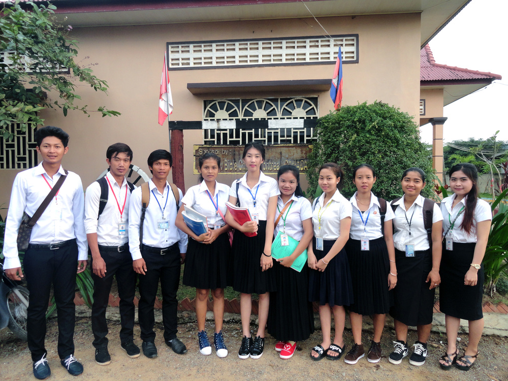 The Battambang 1 kids head to their university classes!