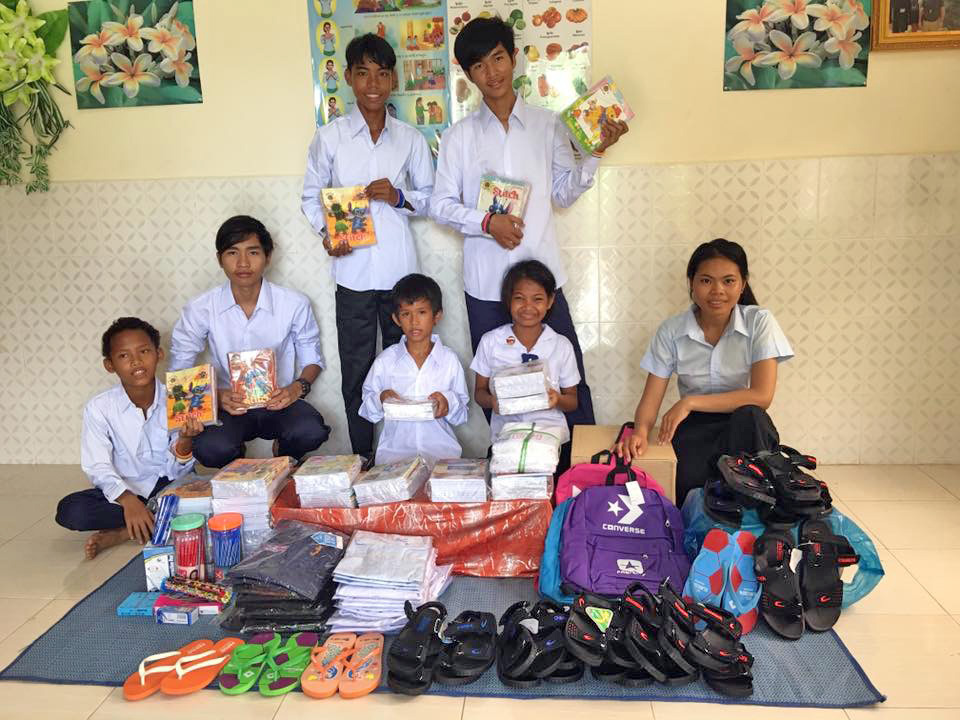 Thank you Chapel sponsors for the school supplies!