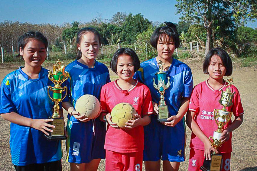 Girls from Wiang Pa Pao, winners of the Chaing Rai Province youth tournament!
