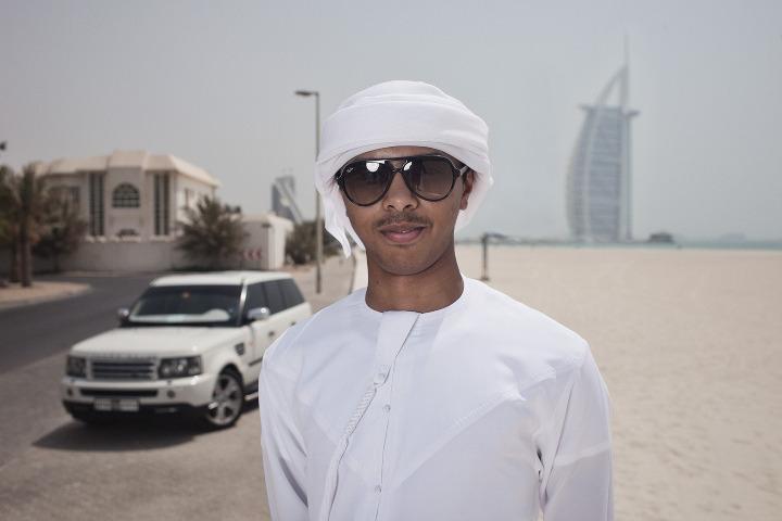 08_Dubai_LandroverKid_1_720.jpeg