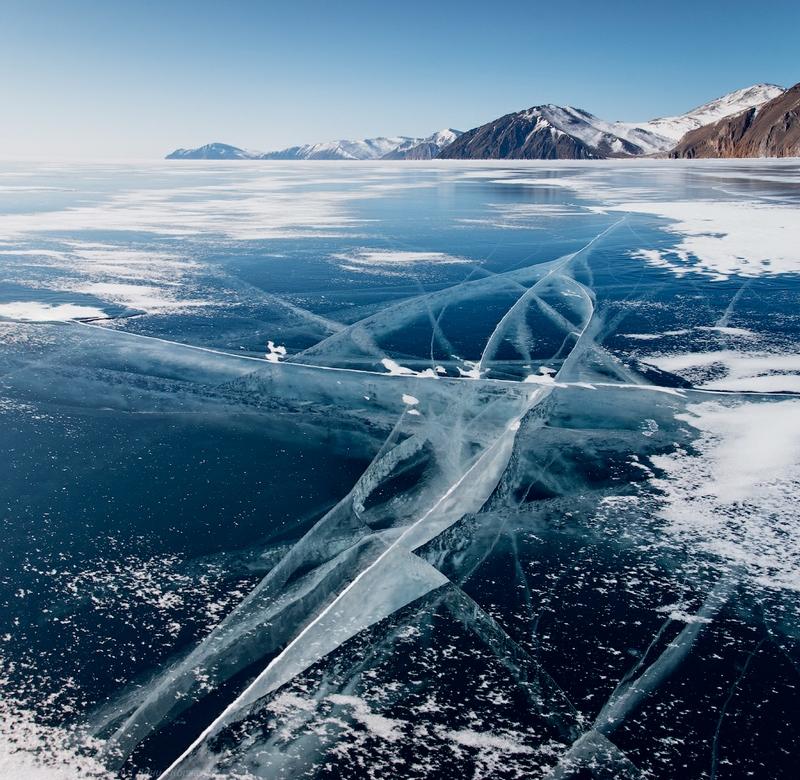 Ice-on-Lake-Baikal-16.jpeg