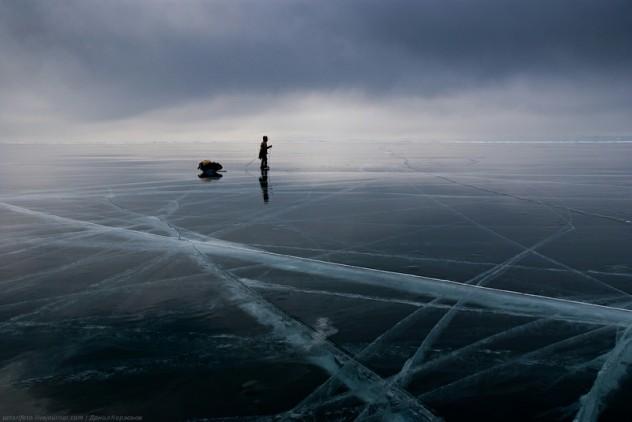 Ice-on-Lake-Baikal-09-632x422.jpeg